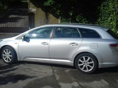 used Toyota Avensis 2.2 D-Cat aut. Wagon Executive S