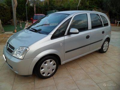 usata Opel Meriva 1.4 benzina full optional 05