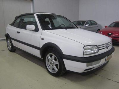 usata VW Golf Cabriolet 1.6 cat Sport