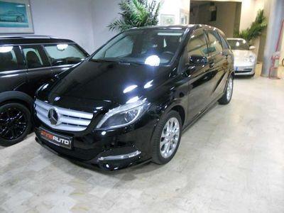 usata Mercedes B200 BIXENON-AUTMATIK-PELLE-CAMBIO AL VOLANTE-FULL OPT.