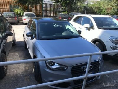 usado Audi A1 Sportback A1 1.6 TDI 105 CV Attraction