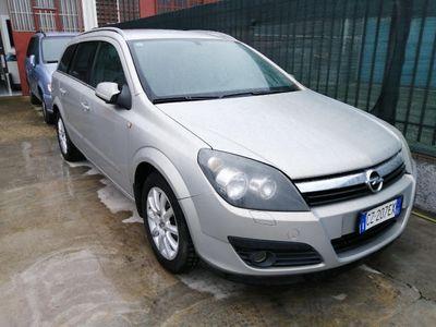 usata Opel Astra 1.3 CDTI Station Wagon Club