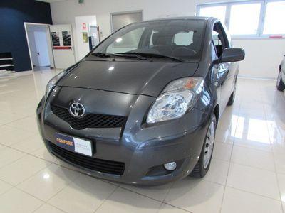 usata Toyota Yaris 1.3 3 porte Sol
