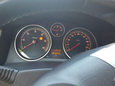 käytetty Opel Astra GTC Astra H1.7 diesel