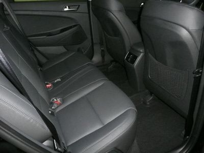 usata Hyundai Tucson 2.0 CRDi 4WD 136 CV AUTOM. NAVI R