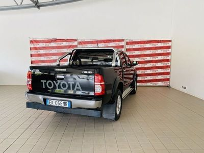 usata Toyota HiLux Hilux3.0 D-4D aut.4WD 4p. DC Stylex