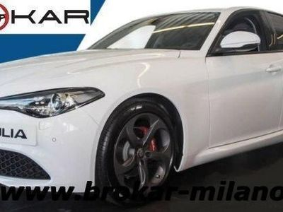 gebraucht Alfa Romeo Giulia 2.0 Turbo 200 CV AT8 Super DAB CAMERA 18""