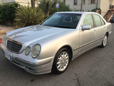 usata Mercedes E220 CDI cat Elegance