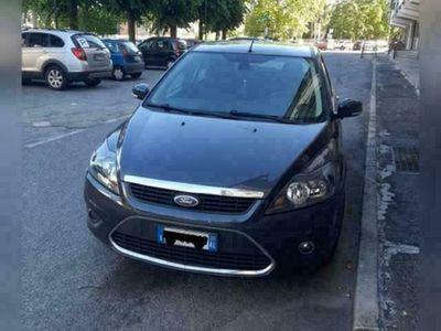 usata Ford Focus 2.0 GPL 3 porte del 2009 - 200.000km