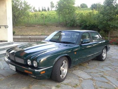 usata Jaguar XJR 4.0 cat