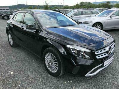 usata Mercedes GLA180 GLA-X156 2017Business