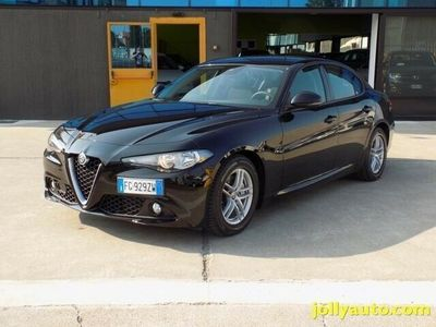 usata Alfa Romeo Giulia 2.2 Turbodiesel 150 CV AT8 Business 9.000 km