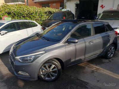 usata Hyundai i20 1.1 diesel km 53.000, TETTO APRIBILE