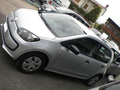 gebraucht VW up! 5 PORTE OK NEOPATENTATI - 2015
