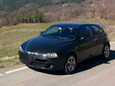 usata Alfa Romeo 147 1.9 JTD (120) 3 porte Progression