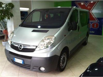 usata Opel Vivaro 2.5 Cdti 9 Posti Elegance F Usato