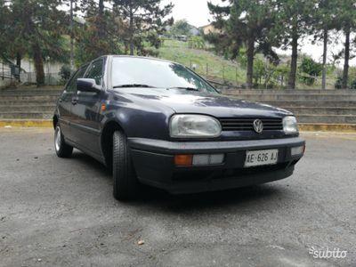 usata VW Golf terza serie 1.6 benzina Pink Floyd