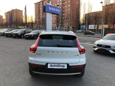brugt Volvo XC40 D4 AWD Geartronic Momentum usato