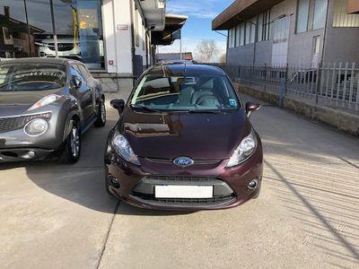 gebraucht Ford Fiesta 1.4 TDCi 70CV 5 porte Titanium