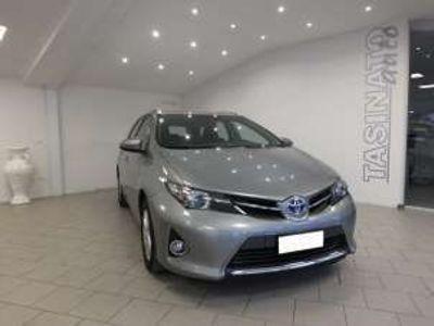 usata Toyota Auris Touring Sports 1.8 Hybrid Cool