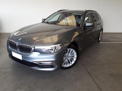 used BMW 520 Serie 5 Touring d aut. Luxury usato