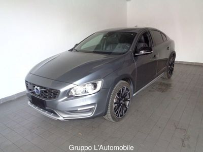 käytetty Volvo S60 CC S60 Cross Country II 2014 S60 c.country 2.4 D4 Summum awd geartronic