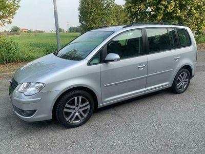 usata VW Touran 1.6 Conceptline