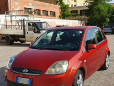 brugt Ford Fiesta 1.4 Clever Tdci - Rosso Tango