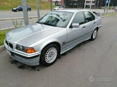 usata BMW 320 i berlina