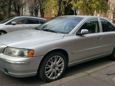 usata Volvo S60 pari al nuovo - 2005
