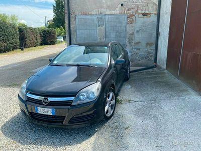 usata Opel Astra GTC astra 1.7
