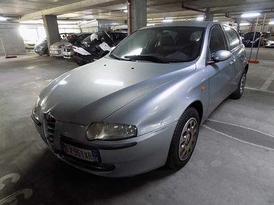 usata Alfa Romeo 147 1.6i 16V T.S. (105 CV) cat 5p. Dist. del 2003 usata a Genova