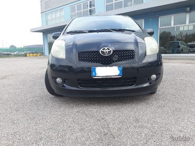 usata Toyota Yaris 1.4 D-4D 5 porte
