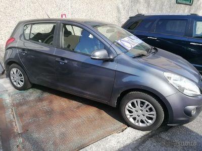 brugt Hyundai i20 unipropietario ok neopatentato garanzi