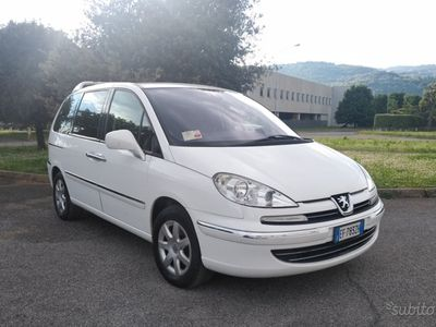 used Peugeot 807 2.0 hdi 136cv 7p- 2011
