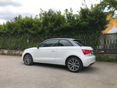gebraucht Audi Coupé A1 1.6 TDI 105 CV S line edition