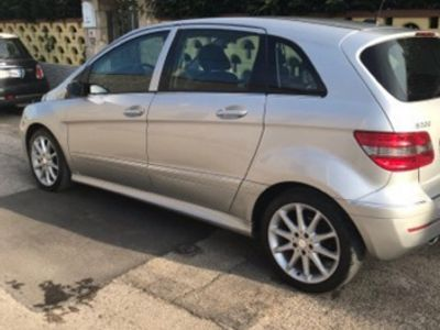 gebraucht Mercedes 200 B 200 CDI Sport