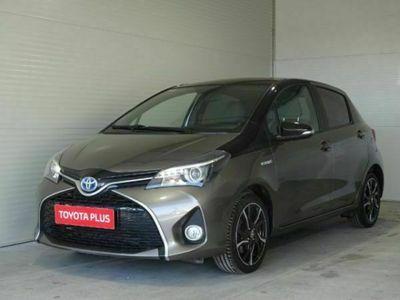 "usata Toyota Yaris 1.5 Hybrid 5 porte Trend ""Platinum Edition"""