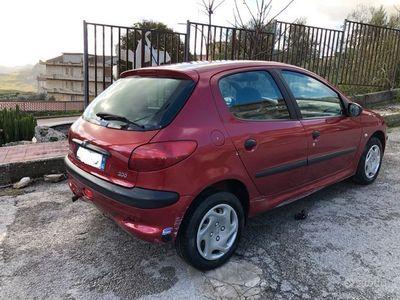 usata Peugeot 206 1.4 5p anno 2000 Roland Garros
