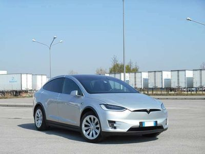 usata Tesla Model X 90