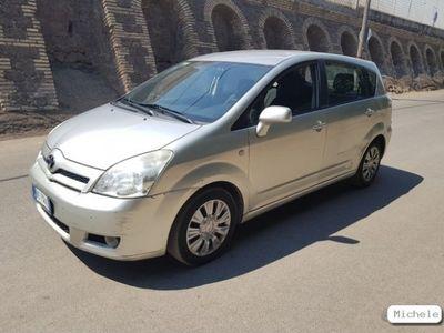 usata Toyota Corolla Verso Corolla2.2 16V D-4D DPF Luna 7pti