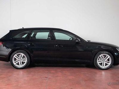 usata Audi A4 AVANT 2.0 TDI S-TRONIC 190cv