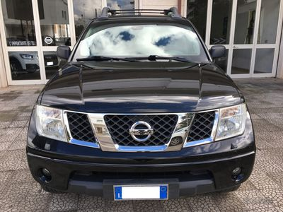 usata Nissan Navara Double CAB 4WD LE