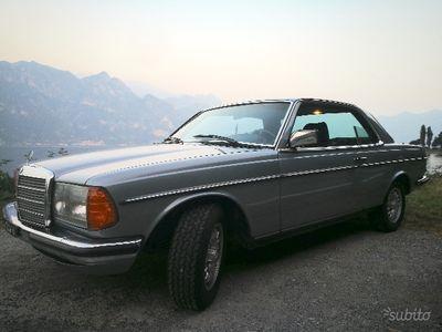usado Mercedes 280 w123 c123- 1983