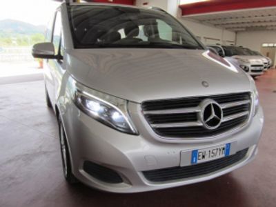 usata Mercedes V220 CDI Executive Long 8posti Doppia porta laterale