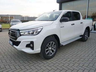 usata Toyota HiLux 2.4 D-4D A/T 4WD 4 porte Double Cab Executive