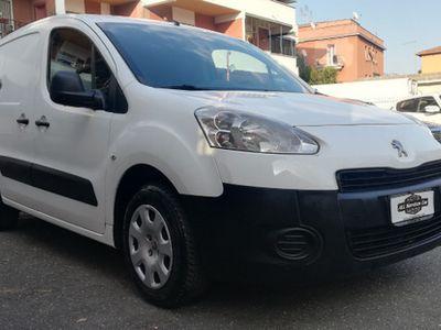 begagnad Peugeot Partner 1.6 HDi 92cv Passo Lungo- 02/2014