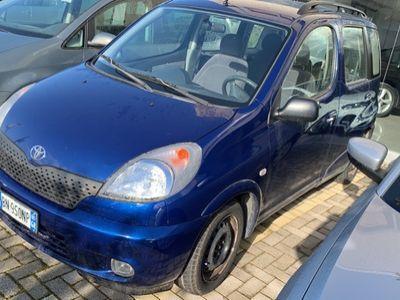 käytetty Toyota Yaris Verso 1.3 benziNa- 2002