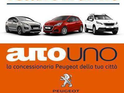 second-hand Peugeot 3008 BlueHDi 120 S&S Business del 2016 usata a Pozzuoli