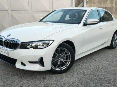 usata BMW 320 Serie 3 d Luxury del 2019 usata a Teverola